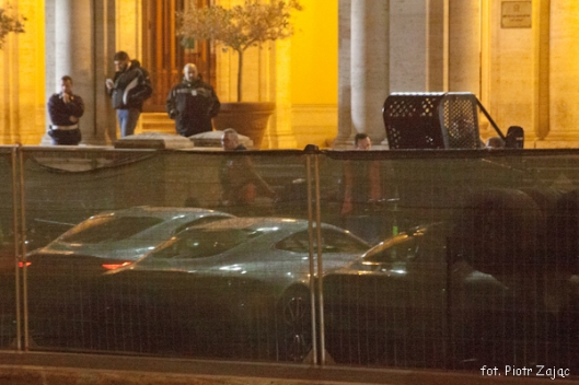 "Cars at Ministero delle Infrastrutture e dei Transporti on James Bond "" Spectre "" film set in Rome"