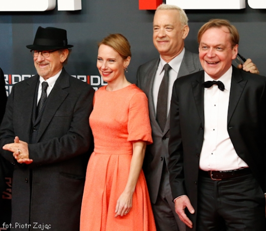 "Steven Spielberg , Amy Ryan , Tom Hanks and Mikhail Gorevoy attend "" Bridge of Spies "" premiere in Berlin"