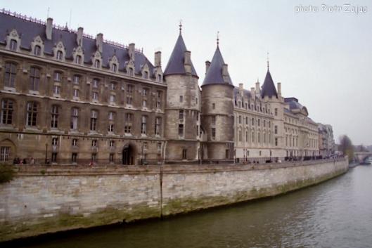Conciergerie, Palais de la Cité at Quai de l'Horloge