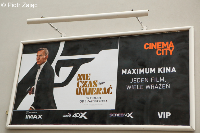 'No Time to Die' poster in Poland